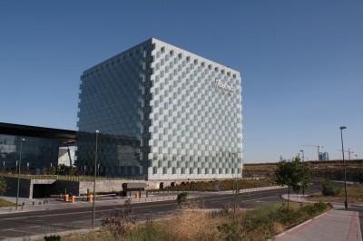 Edificio_del_Distrito_C_de_Telefonica_en_Las_Tablas_(Madrid)
