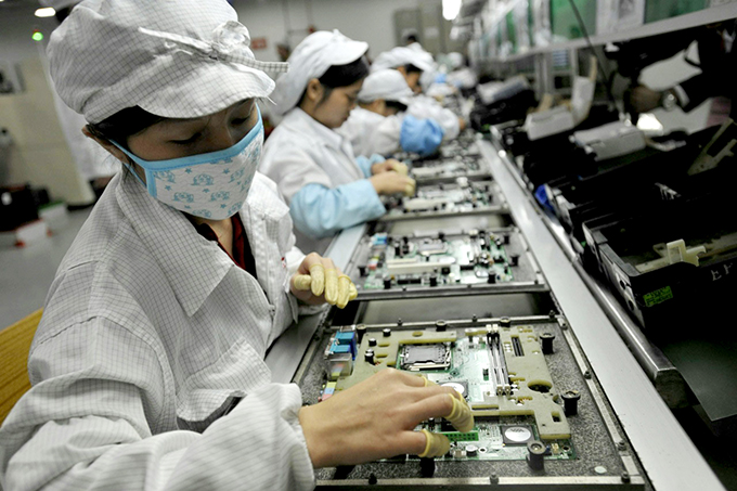 FILES-CHINA-TAIWAN-TECHNOLOGY-FOXCONN-LABOUR